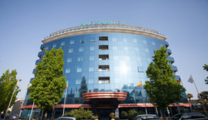 the-hotel-v6842771-720-1